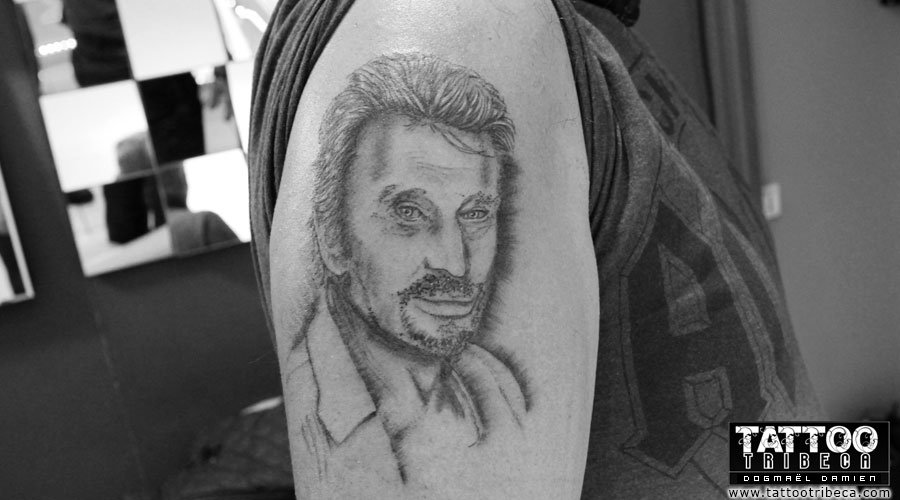tatouage-commemoratif-johnny-hallyday-98-2018